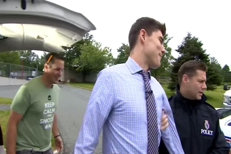 La fausse arrestation du présentateur météo Ryan Snoddon a été partagée plus de 1000 fois sur les réseaux sociaux.