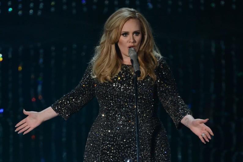 """Adele a battu des records avec son deuxième album, """"21"""""""