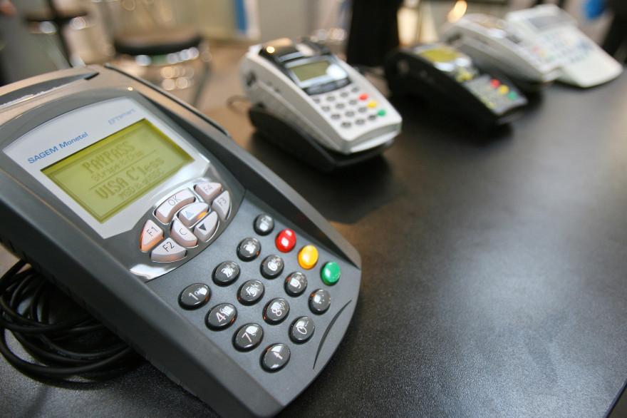 Un terminal de paiement par carte bleue