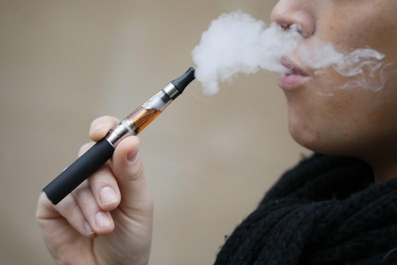 La cigarette électronique, qui connaît un essor depuis quatre ans, a vu ses ventes diminuer depuis