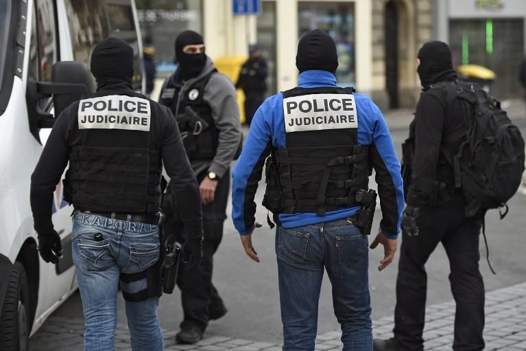 Membres de l'équipe d'intervention du Raid à Saint-Denis mercredi 18 novembre.