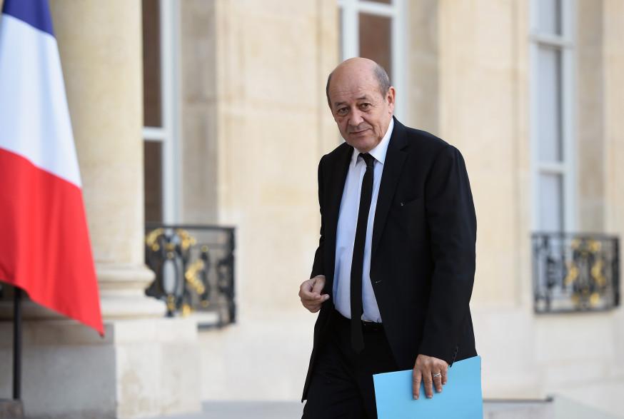 Jean-Yves Le Drian, ministre de la Défense, est candidat aux régionales en tête de liste socialiste en Bretagne