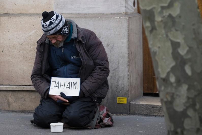 Un sans-abri, le 28 mars 2013 à Paris (archives).