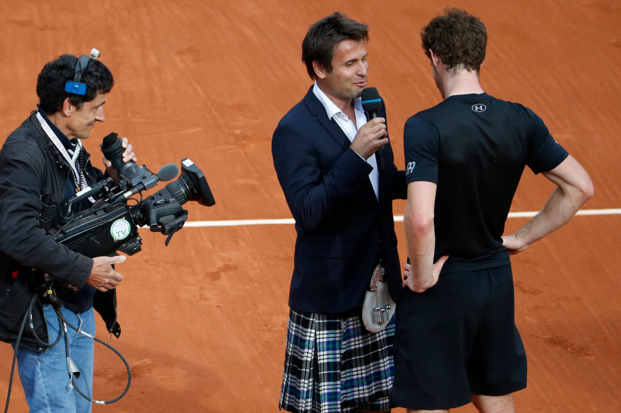 Fabrice Santoro interviewe Andy Murray en kilt en mai 2015