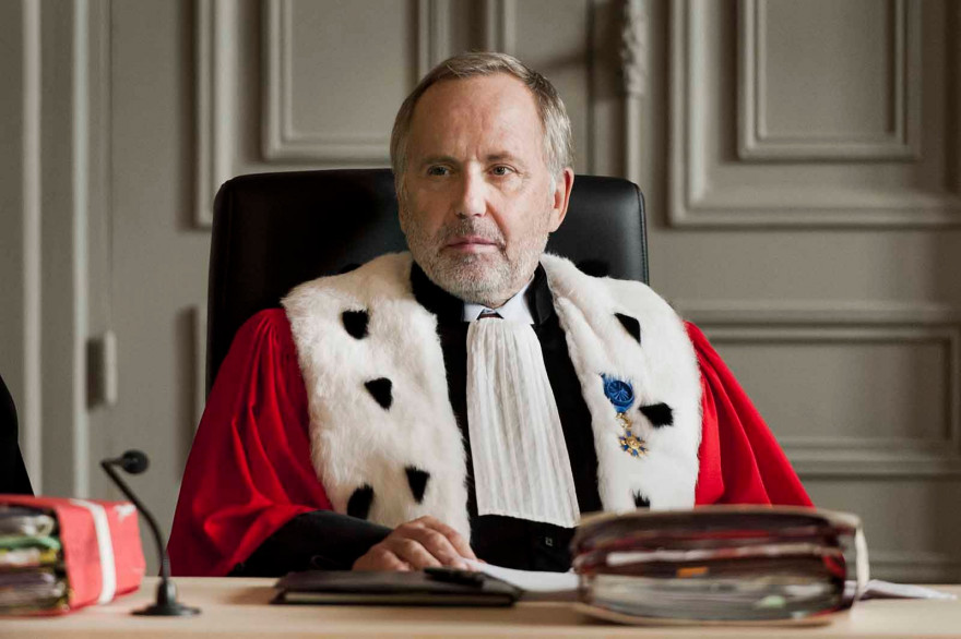 """Fabrice Luchini est l'invité de Michel Drucker ce dimanche 6 mars. Il a incarné un juge de cour d'assise dans """"L'hermine"""""""