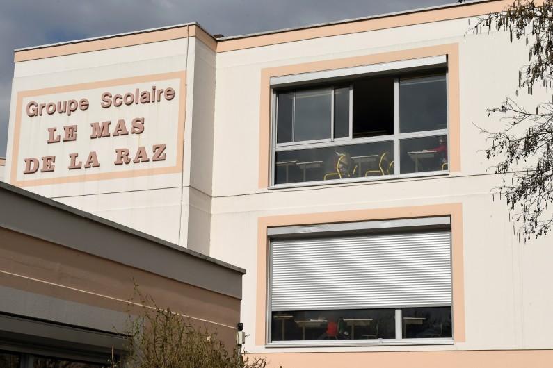 L'école de Villefontaine où l'ancien directeur a été mis en examen pour viols sur des élèves.