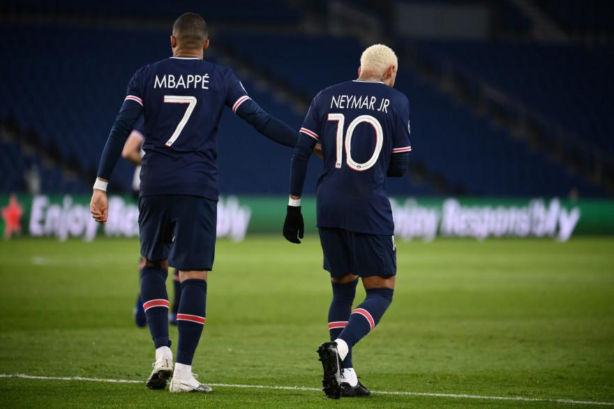 Kylian Mbappé et Neymar au Parc des Princes le 24 novembre 2020