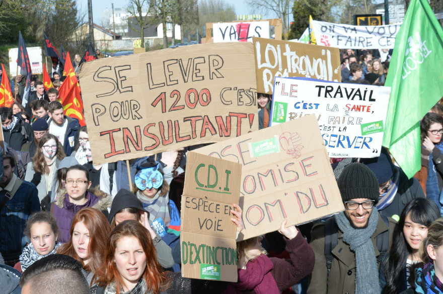 Des manifestants contre la loi Travail, le 31 mars 2016 à Rennes