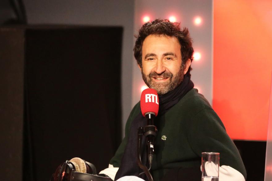"""Mathieu Madénian dans """"Les Grosses Têtes"""""""