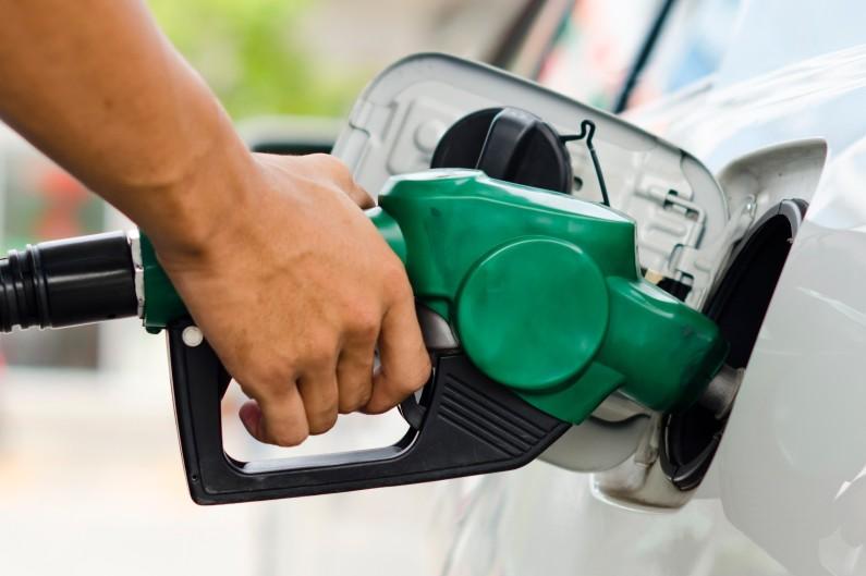 """Pénurie de pétrole : """"C'est en nette amélioration"""" pour Francis Duseux"""