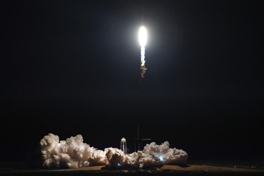 SpaceX va tester à nouveau sa nouvelle capsule Crew Dragon dans l'espace