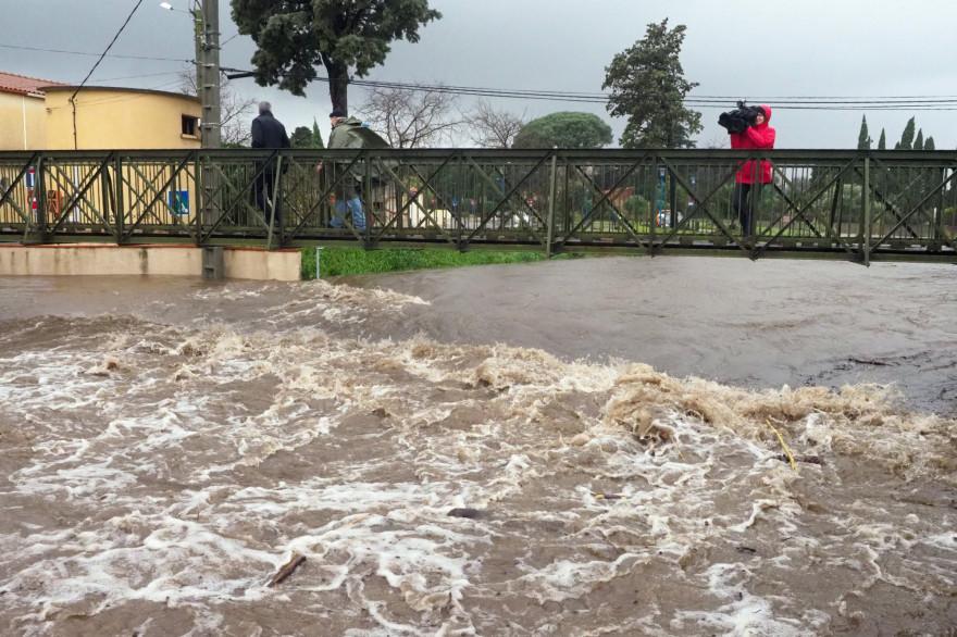 Une rivière en crue à Argelès-sur-Mer en pleine tempête Gloria (illustration)