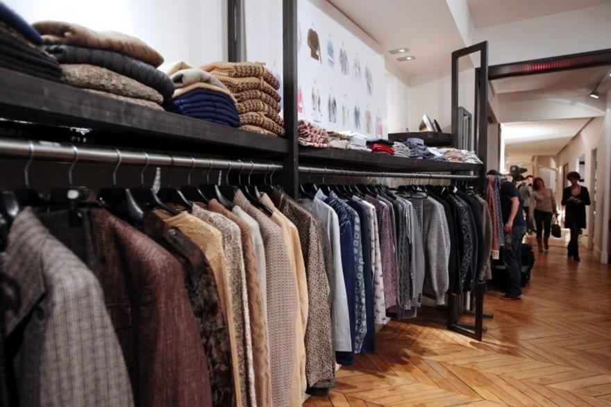 Vêtements pour hommes (illustration)