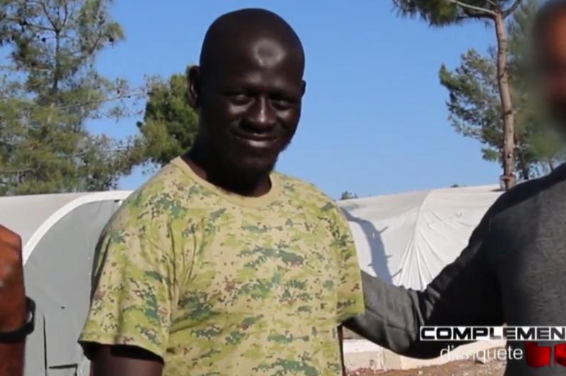 """Omar Omsen dans un extrait de """"Complément d'enquête"""" sur France 2."""