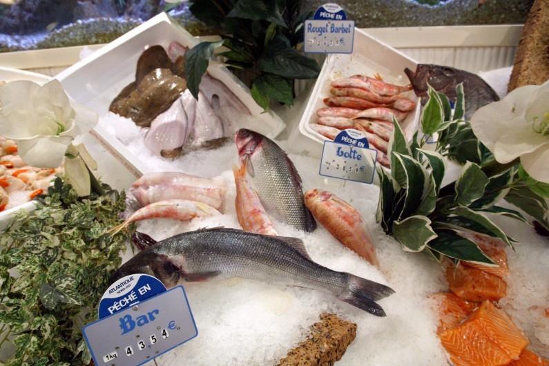 Les poissons sur les étals sont riches en oméga-3