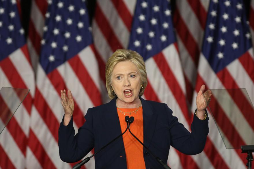 Présidentielle américaine 2016 - Le Top 5 : Clinton sort l'arme nucléaire contre Trump, pour éviter qu'il s'en approche