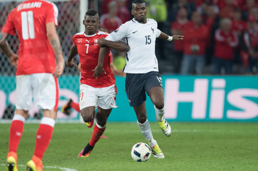Paul Pogba face à la Suisse le 20 juin 2016