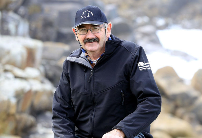 Paulo, 60 ans, éleveur de chevaux postiers en Bretagne