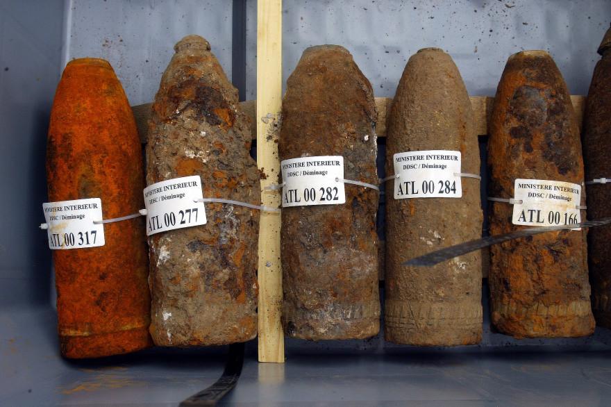 De vieux obus récupérés par des démineurs (illustration)