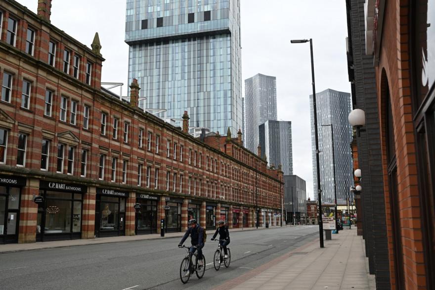 Les rues désertes de Manchester, en confinément à cause de l'épidémie de coronavirus