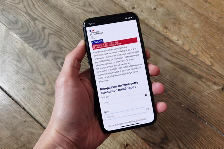 L'attestation sur smartphone est disponible depuis le 6 avril