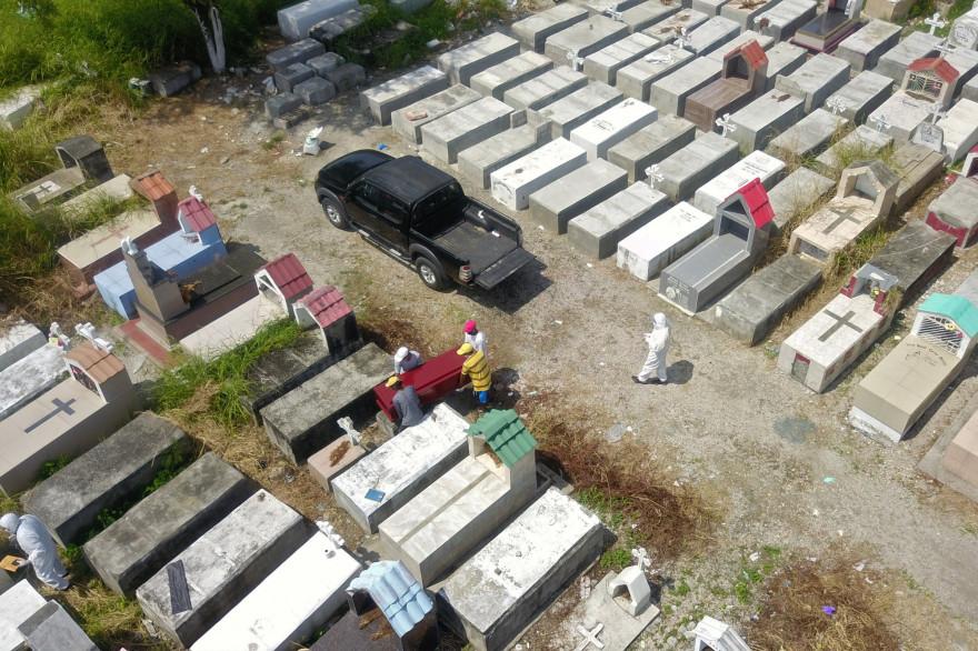 Le cimetière de Guayaquil, en Equateur, le 12 avril 2020