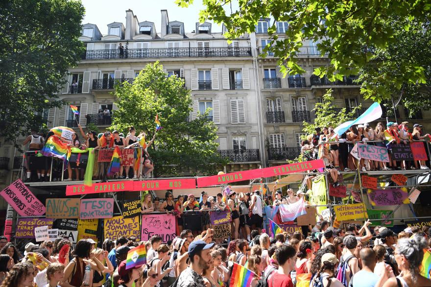 Le cortège de la Pride de Paris le 29 juin 2019.