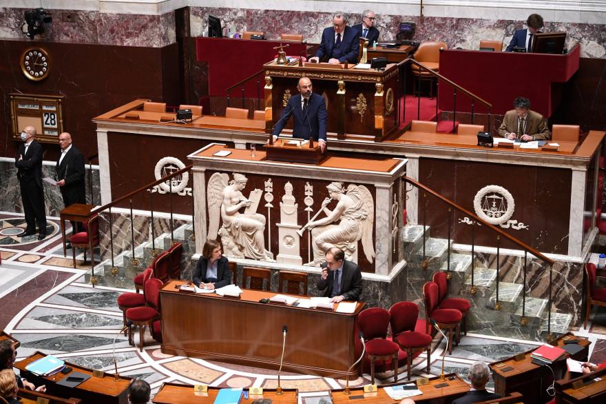 Édouard Philippe présente le plan de déconfinement à l'Assemblée nationale, le 28 avril 2020