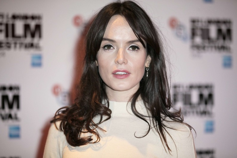 "Valene Kane , interprète de Lyra Erso dans ""Rogue One"""