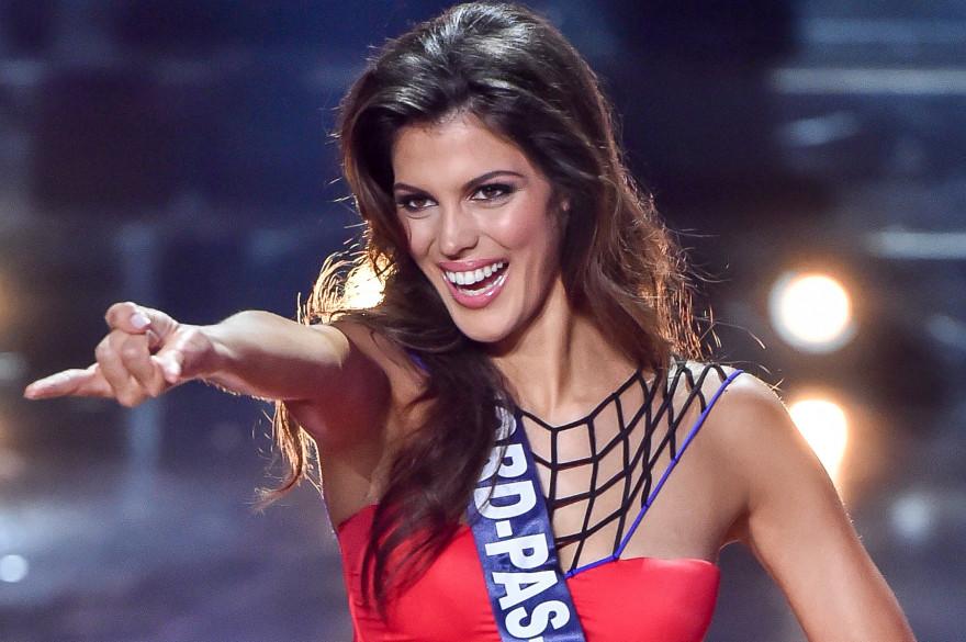 Iris Mittenaere lors de l'élection de Miss France 2016
