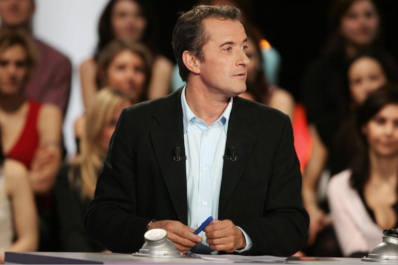 Christophe Dechavanne lors de la présentation d'une émission