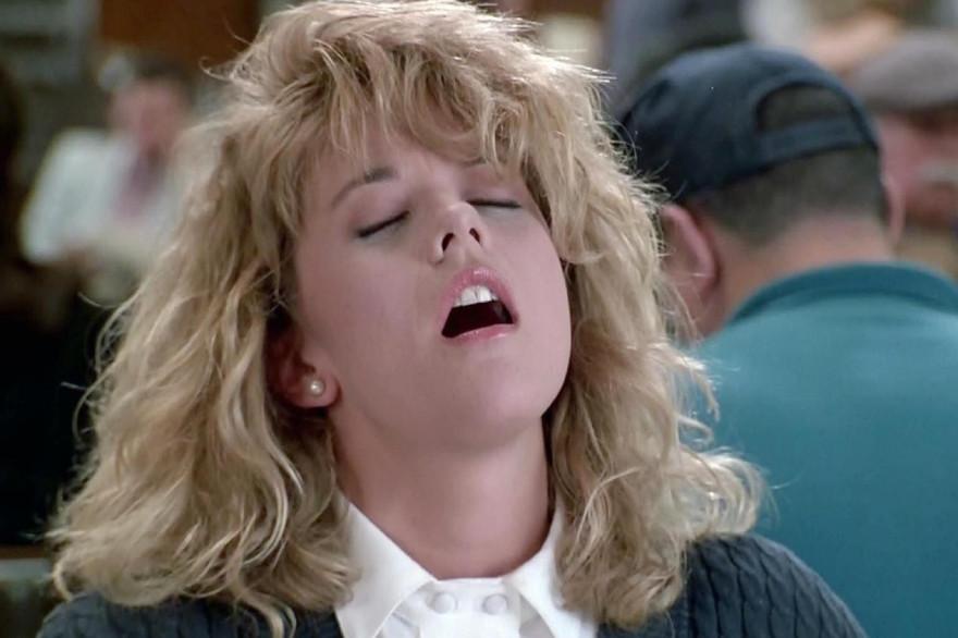 """Scène culte de """"Quand Harry rencontre Sally"""" : la simulation de l'orgasme au restaurant"""