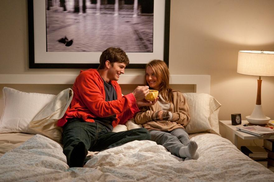 """Ashton Kutcher et Natalie Portman entretiennent une amitié améliorée dans """"Sex Friends"""""""