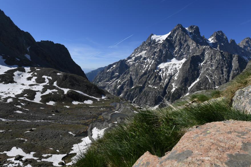 Le massif des Écrins, dans les Hautes-Alpes