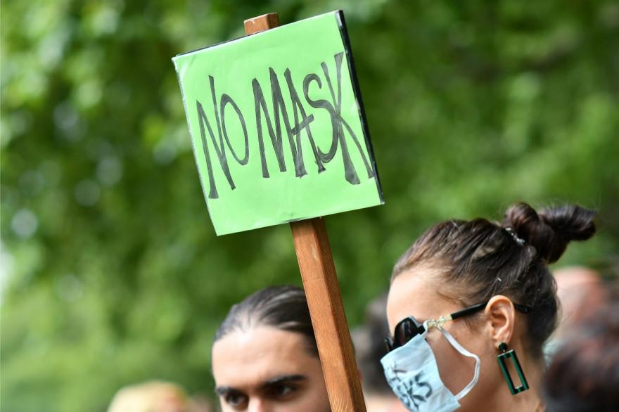 Une manifestation contre le port du masque obligatoire