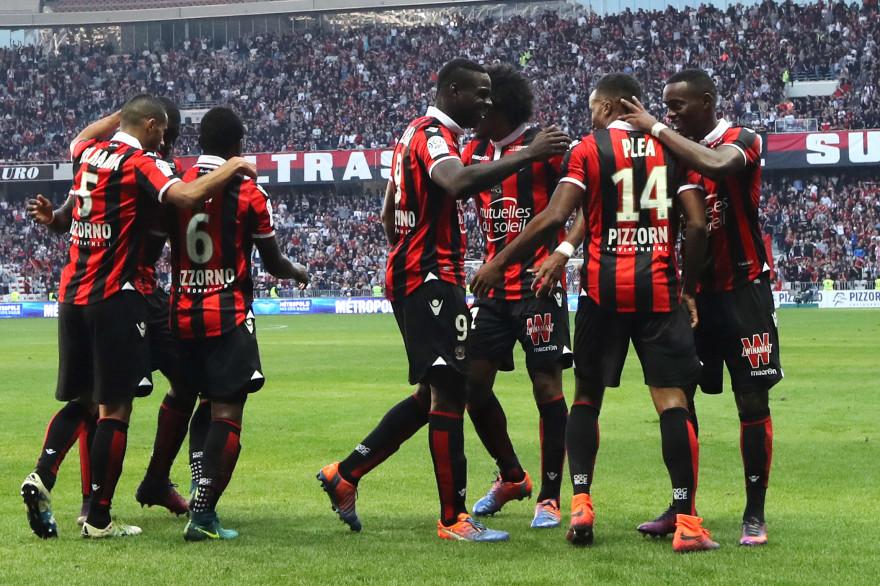 L'OGC Nice conforte sa place de leader en s'imposant face à Nantes (4-1)