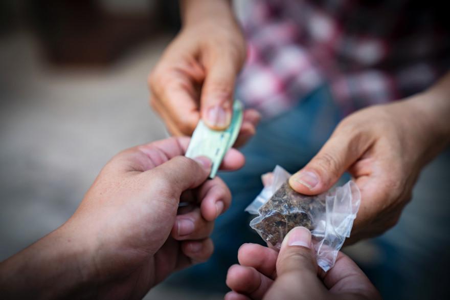 Un deal de drogue (illustration)