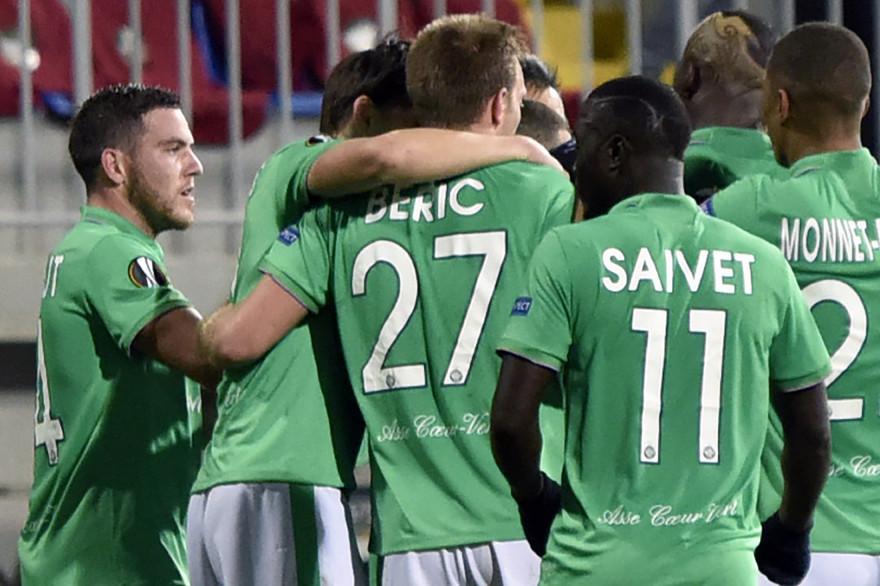 Beric a donné la victoire à Saint-Étienne contre Qabala (2-1)