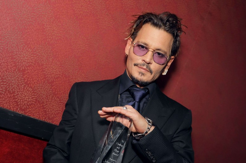 """Johnny Depp a enfin un rôle officiel pour """"Les Animaux Fantastiques 2"""""""