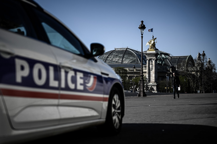Une voiture de police à Paris (illustration)