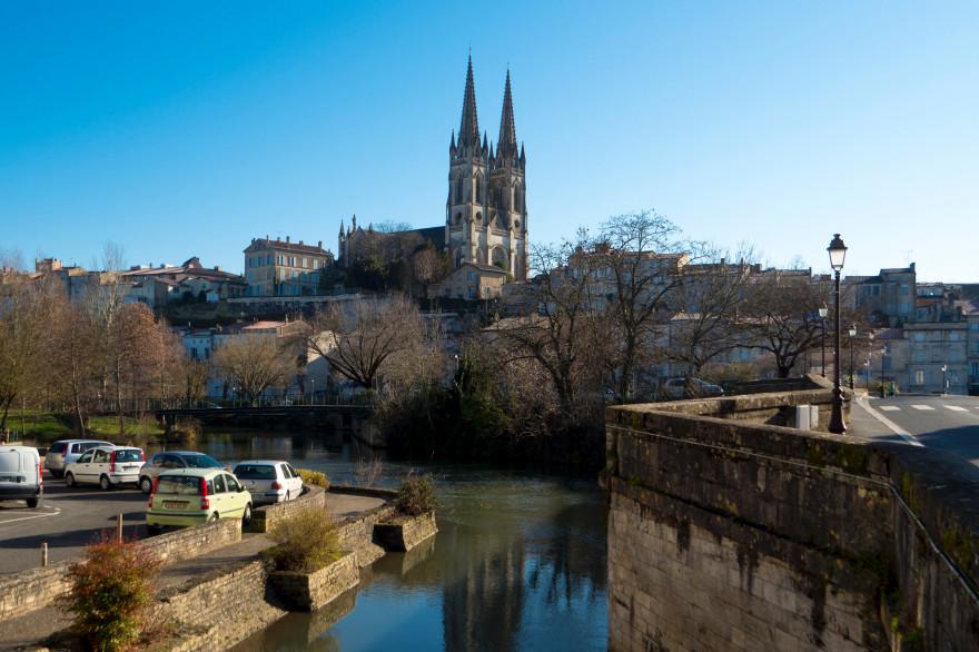Une vue de la ville de Niort dans les Deux-Sèvres (illustration)
