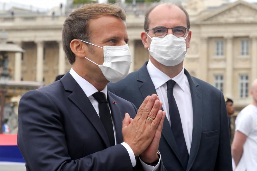 Emmanuel Macron et Jean Castex portent un masque le 14 juillet 2020 à Paris