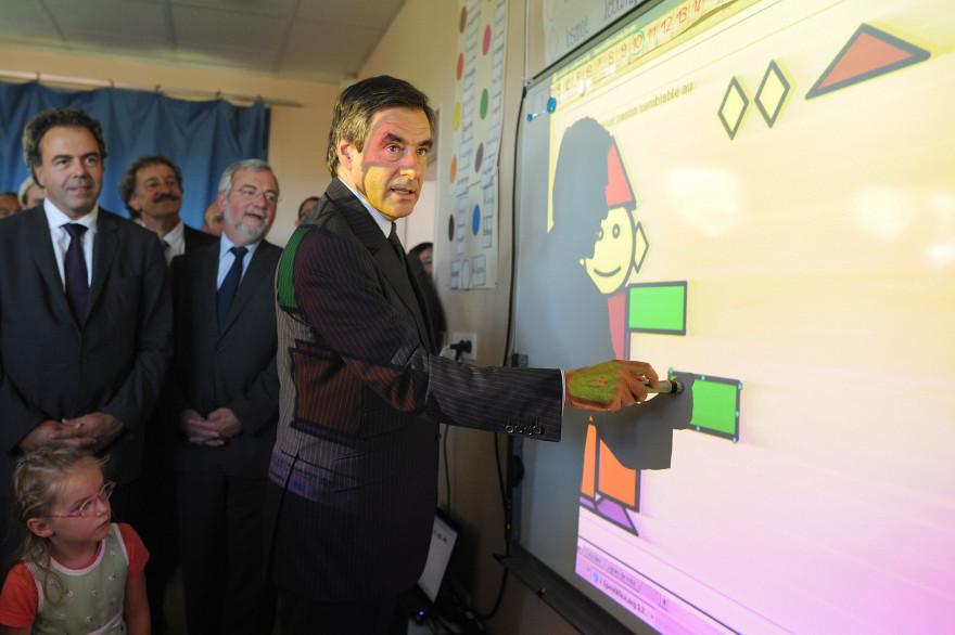 François Fillon dans une école en 2010