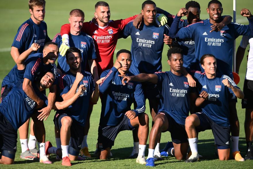 Les Lyonnais posent à l'entraînement le 18 août 2020 à Lisbonne