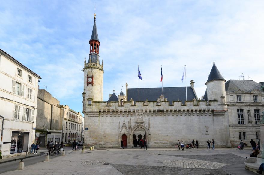 La mairie de La Rochelle, en Charente-Maritime.
