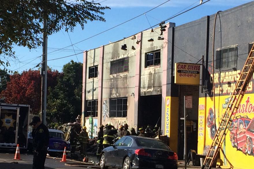L'incendie à Oakland (Californie) a fait au moins neuf morts, 25 personnes sont portées disparues