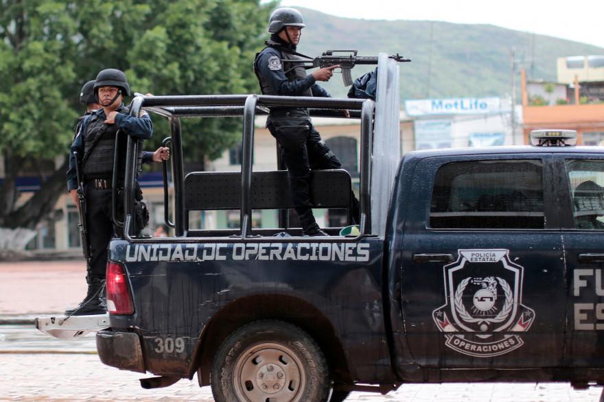 Des hommes armés au Mexique (illustration)