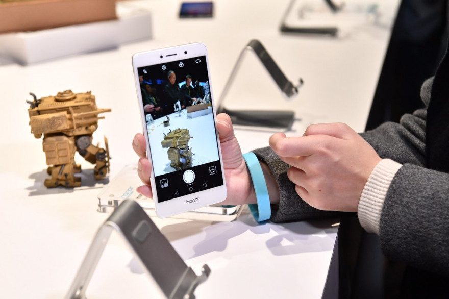 Huawei poursuit son offensive et lance le Honor 6X en Europe