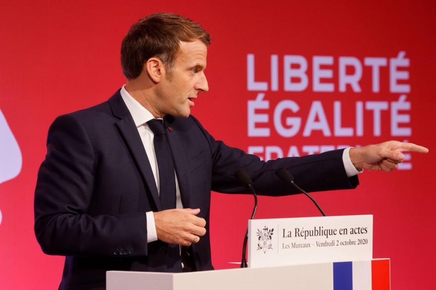 Emmanuel Macron prononce son discours sur la lutte contre les séparatismes le 2 octobre 2020