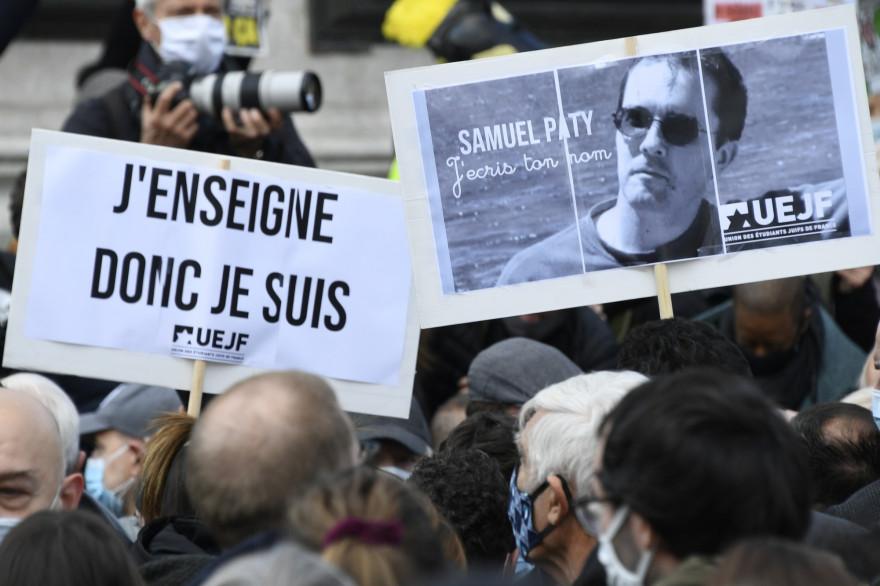 Rassemblement place de la République à Paris